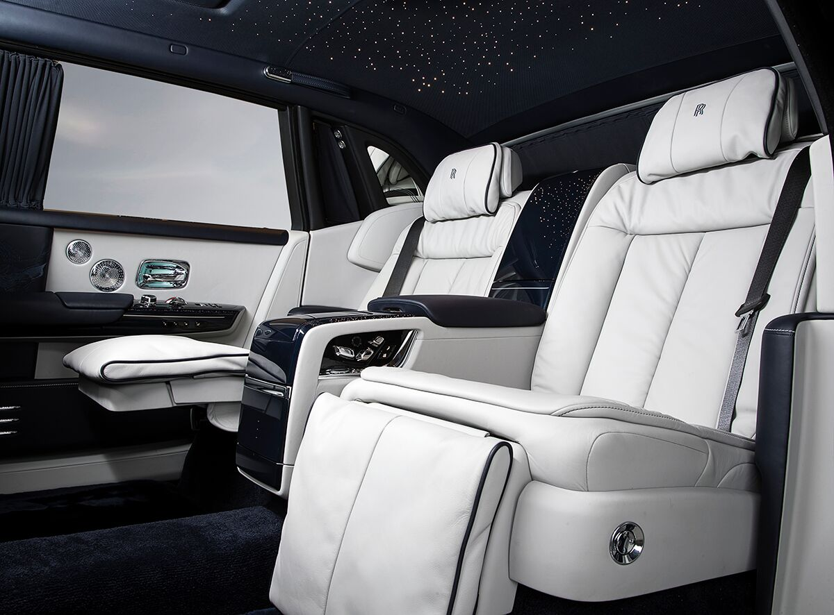 10 Features That Make The Rolls Royce Phantom Viii The Most Luxurious Car Ever Built